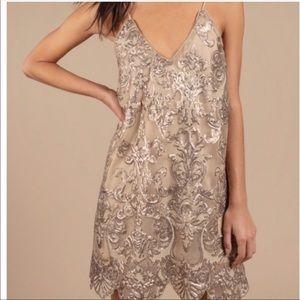 Tobi dress NWT size medium